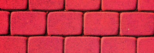 Pros and Cons of Painting Brick Surfaces